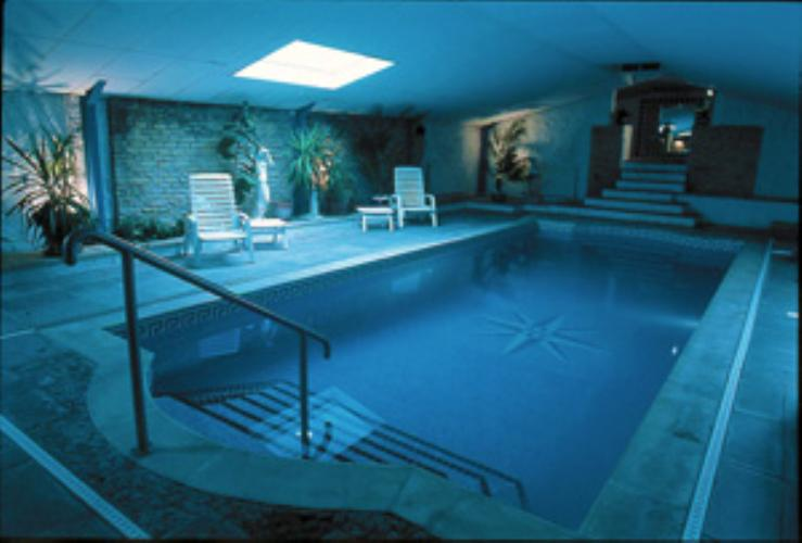 Abergavenny Hotels With Swimming Pool