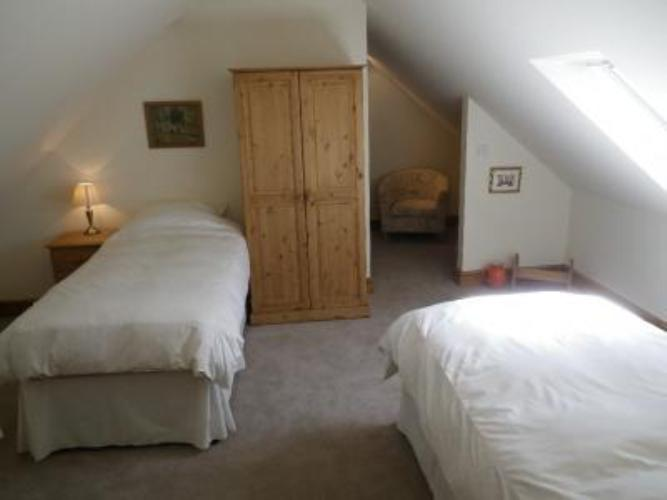 Golden grove cottages carmarthenshire photo gallery for P m bedroom gallery