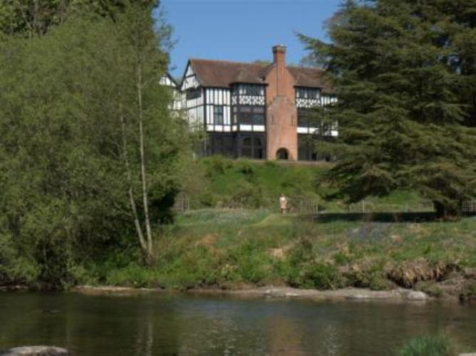 Lakeside Welsh Country House Hotel