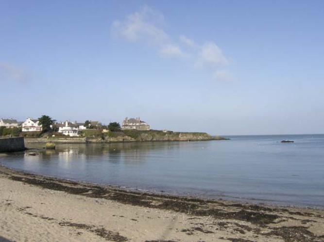 Cemaes Bay Seafront Self Catering Cottage To Rent Angorfa