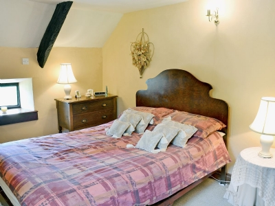 Double Bedroom - Game Keepers Holiday Cottage Llangadog