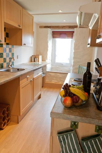 Kitchen - Dafarn Rhos Cottages Moelfre - Anglesey Coastal Cottages