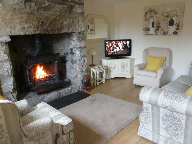 Lounge - Dafarn Rhos Cottage Moelfre - Anglesey Coastal Cottage