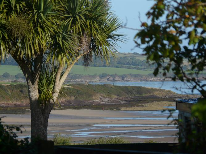 Beach View - Beach Lodge - Anglesey Coastal Cottage - Moelfre