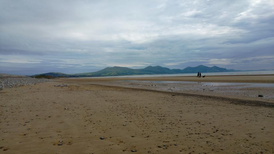 Dinas Dinlle, 15 min drive from Ashcoast House