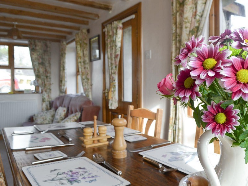 Fresh Flowers - The Smithy Holiday Apartment, Moelfre, Anglesey