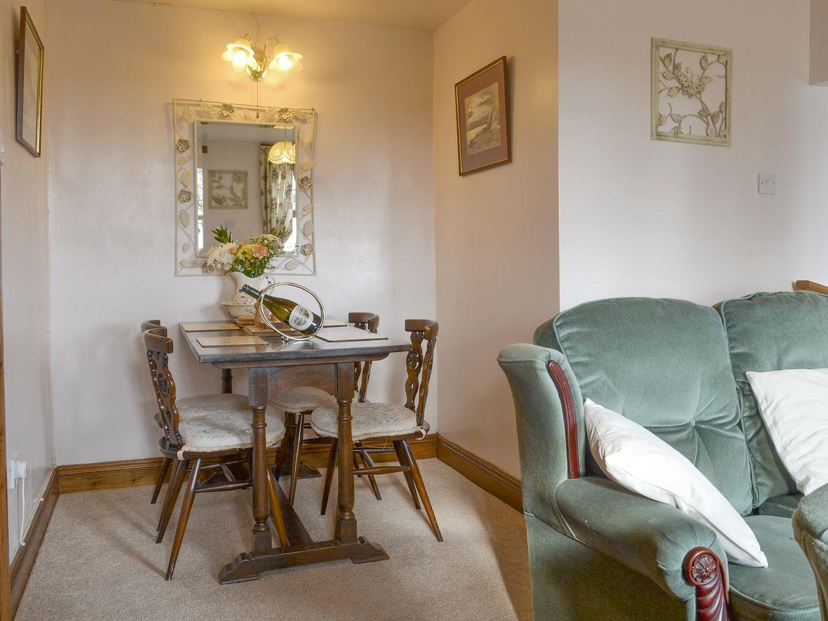 Dining Area - The Stables Holiday Apartment, Moelfre, Anglesey