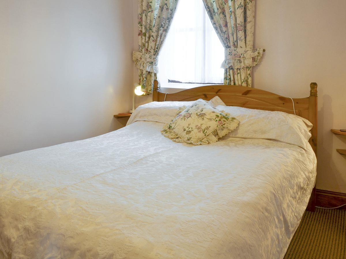 Double Bedroom - The Stables Holiday Apartment, Moelfre, Anglesey