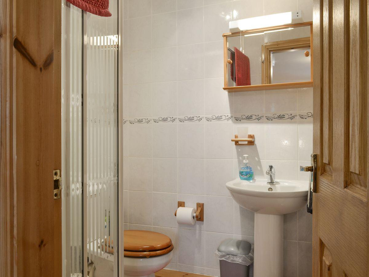 Bathroom - The Byre Holiday Rental, Moelfre, Anglesey