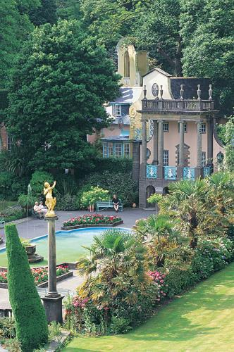 Portmeirion - Saibod Holiday Cottage, Betws-y-Coed, Snowdonia
