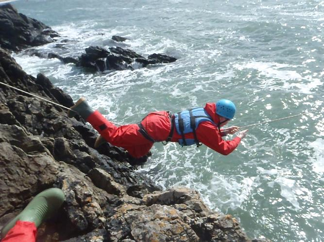 Sea level traversing on Anglesey