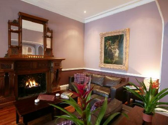 The cawdor hotel llandeilo wto for Leading boutique hotels