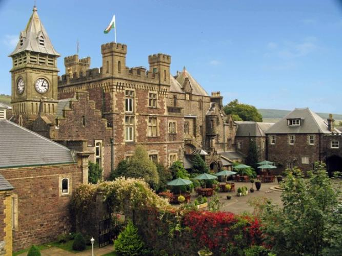 Dog Friendly Budget Hotel Wales