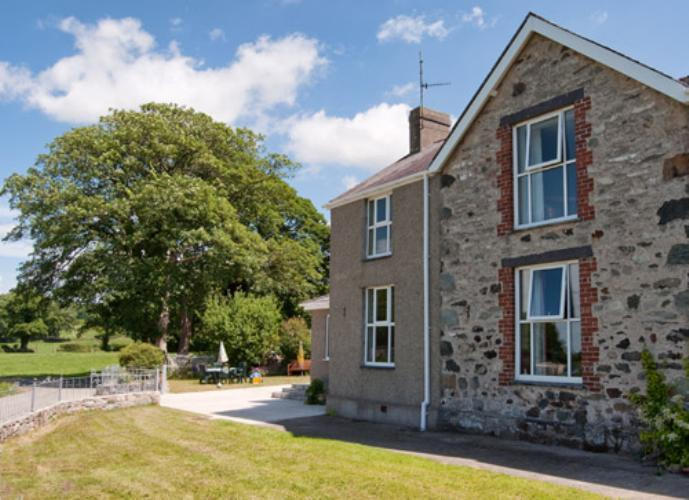 Dinas Farm Apartment - Caernarfon, North Wales