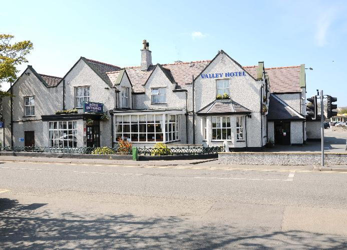 The Valley Hotel , Hotels and Inns, Holyhead , Anglesey, Wales