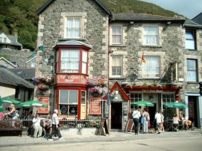 Small Barmouth Pet Friendly Hotel - The Ta- Y-Don