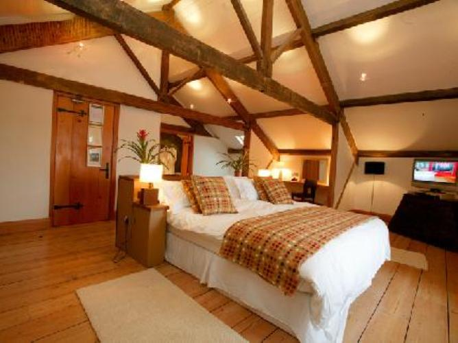 Luxury boutique hotel in llandeilo the cawdor for Boutique hotels uk