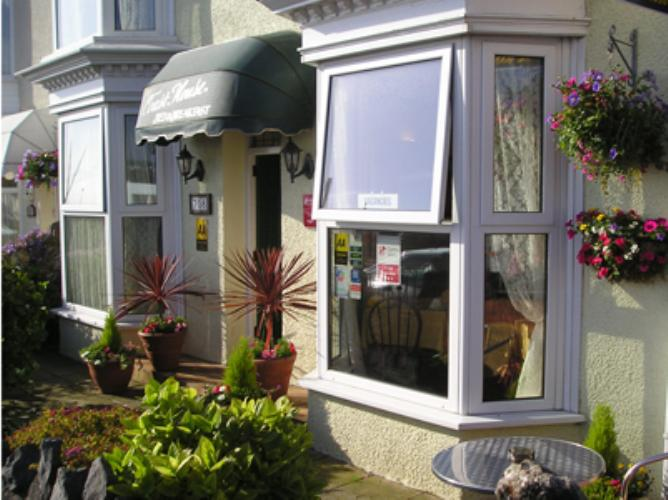 The Coast House Seafront Guest House Mumbles, Swansea and Gower Peninsula