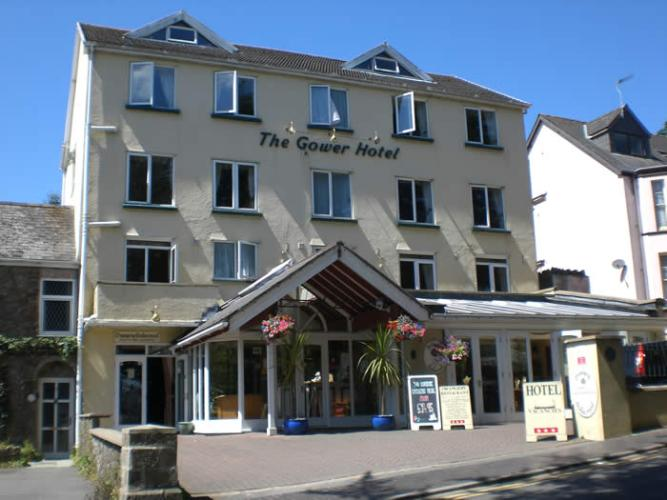 The Gower Hotel | Saundersfoot | Bed and Breakfast | Lift