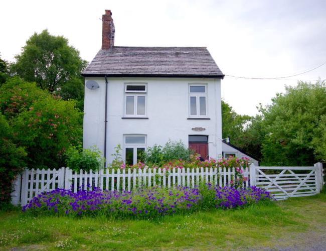 Station House Holiday Home - Tregaron, Ceredigion - West Wales