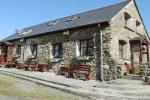 Stables Apartment - Near Moelfre