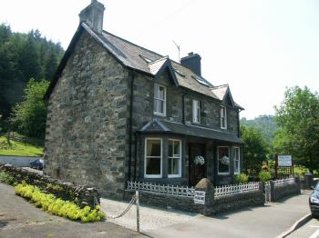 Dolgethin Guest House Betws-y-Coed Bed and Breakfasts Betws-y-Coed Snowdonia
